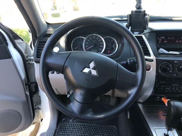 Mitsubishi montero sport at 4x2