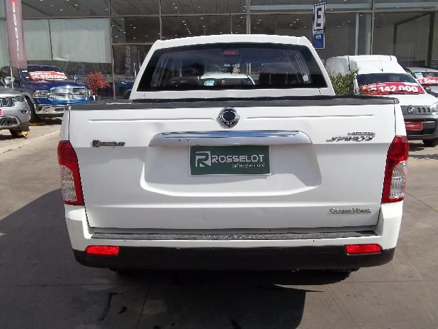 ssangyong new actyon sport 4x2 2.0 mt a/a abs ll -nas612