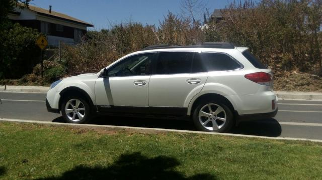 Subaru outback 2.0d cvt limited 4wd diesel