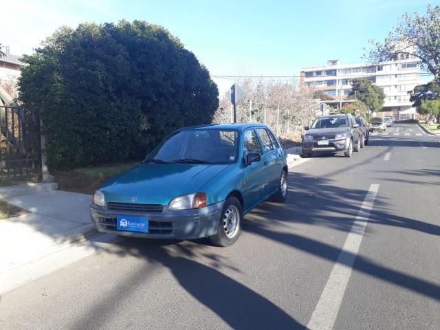 Toyota starlet 1.3 5 puertas