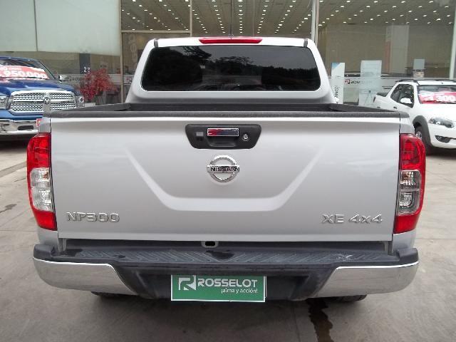 nissan np300 d/c xe mt 4wd diesel