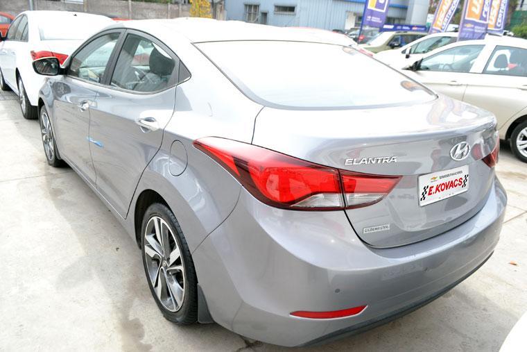 Autos Kovacs Hyundai Elantra md 1.8 gls 2014
