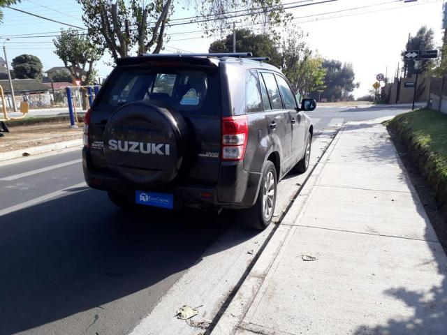 Suzuki grand nomade 2.4 glx sport 4awd