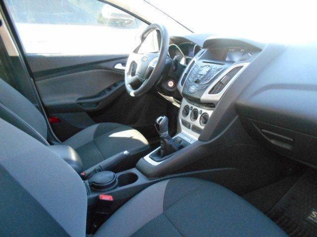 ford focus se 2.000 cc 4 puertas sedan at cuero