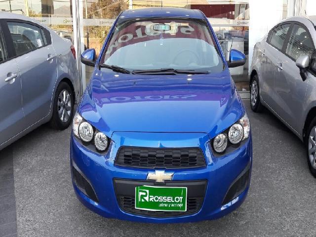 Autos Rosselot Chevrolet Sonic sedan 1.6 gl  m/t  2015