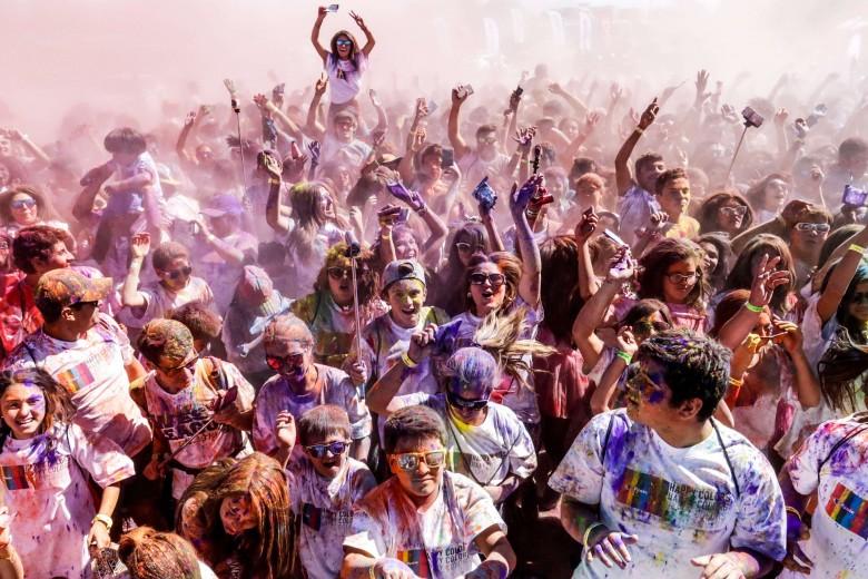 Happy Color Calama
