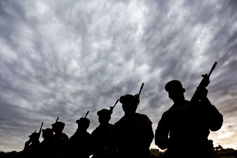 Ejercicios militares en Regimiento N°23 de Copiapó