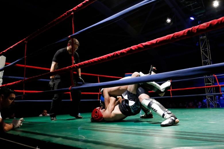 Campeonato Nacional de Artes Marciales Mixtas desarrollado en el gimnasio de la Universidad Autónoma de Temuco.