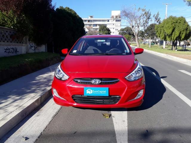 Hyundai accent 1.4 manual gl ac 2ab