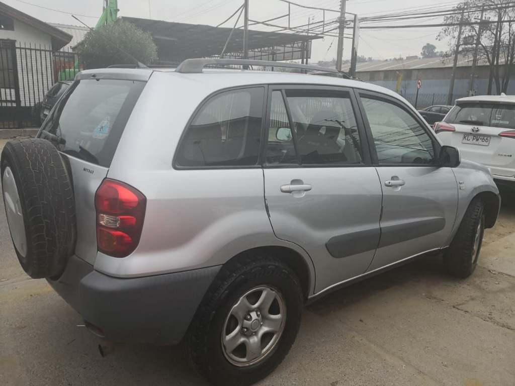toyota advantage rav 4