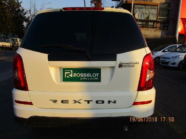 Camionetas Rosselot Ssangyong Rexton w 4x2 mt - wxc301  2015