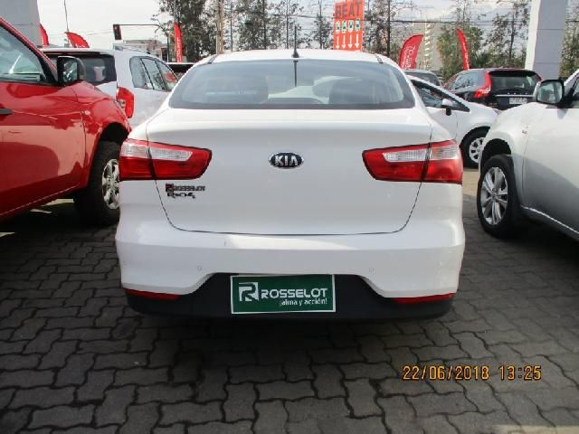 Autos Rosselot Kia Rio 5 ex 1.4l 6mt dab ac - 1642  2017