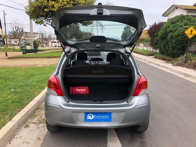 Toyota yaris sport xli 1.3