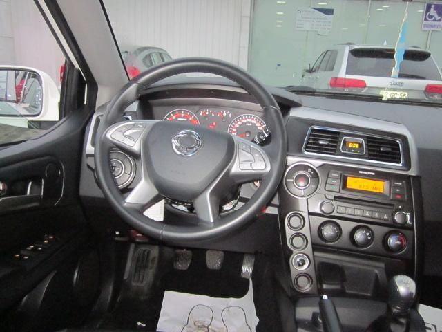 ssangyong new actyon sport 4x2 2.2 mt aa - 6as611 euro vi