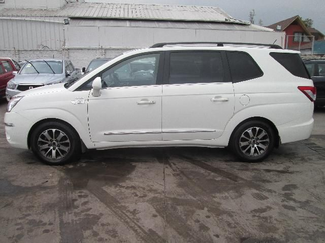 Autos Rosselot Ssangyong Stavic xdi 4x4 at 2.2 - rd210 euro vi 2016