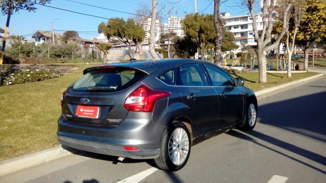Ford focus titanium 2.0
