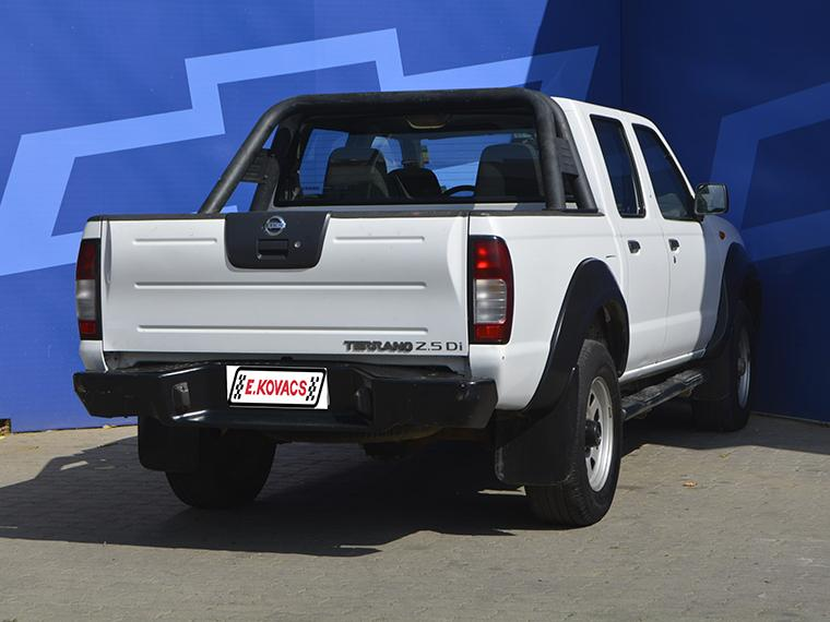 Camionetas Kovacs Nissan Terrano 2.5 di 2013