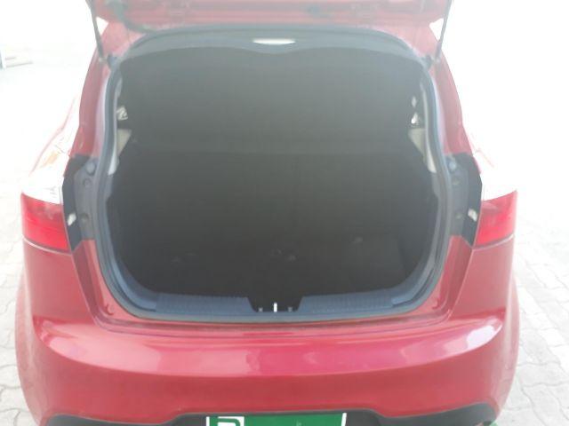 Autos Rosselot Kia Rio 5 ex 1.4l 6mt ac dab abs euro v - 1527 2015