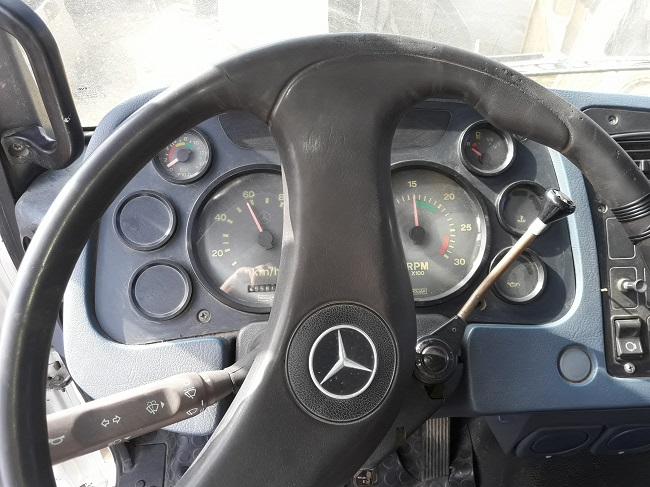Mercedes-Benz 1520