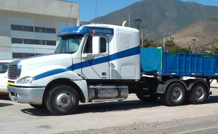 Camiones Automotora Rodríguez FREIGHTLINER CL- 120 Columbia 2008