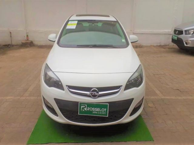 Autos Rosselot Opel Astra enjoy 1.4 at 2015