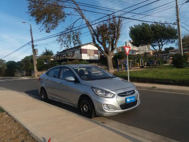 Autos Automotora RPM Hyundai Accent rb 1.4 ac 2012