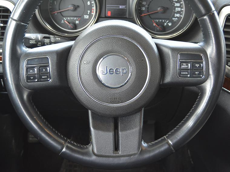 jeep grand-cherokee .