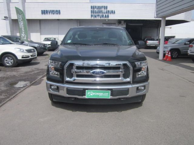 Autos Rosselot Ford F-150 cabina simple motor 3.7 2018