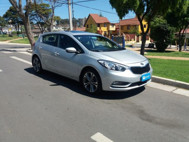 Autos Automotora RPM Kia Cerato 5 sx 1.6 at 2016
