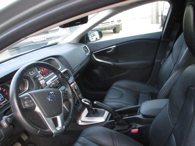 volvo v40 cc t5 2.0 aut plus ( awd )