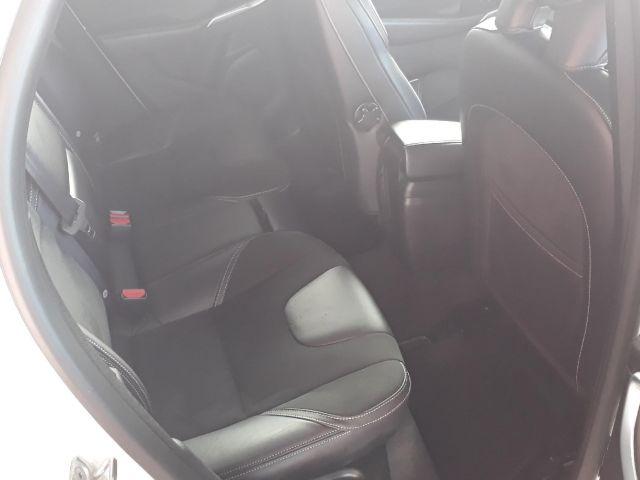 volvo v40 t4 2.0 aut r design