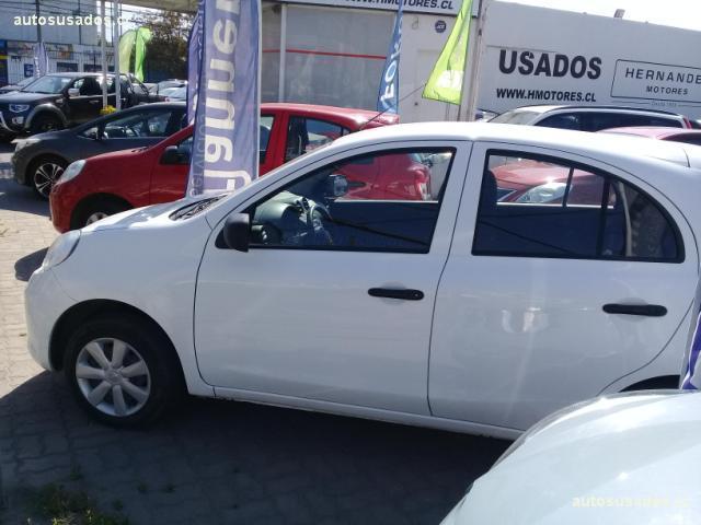 Autos Hernández Motores Nissan March 2015
