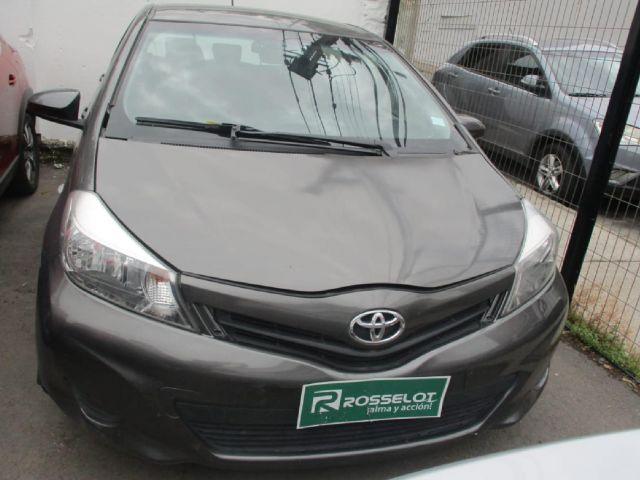 Autos Rosselot Toyota Yaris sport xli 1.3 2014
