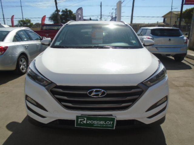 Camionetas Rosselot Hyundai Tucson 2.0 gl 2wd 5mt ac 2ab abs 2016