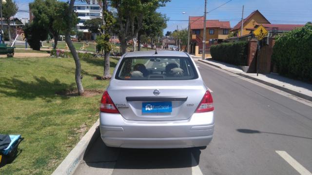 Nissan tiida 1.6 mt ac