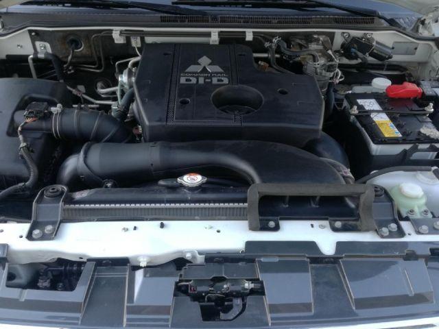 mitsubishi montero 3.2 largo diesel