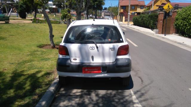 Toyota yaris 1.3 xli