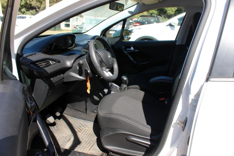 peugeot 208active hdi 1.6