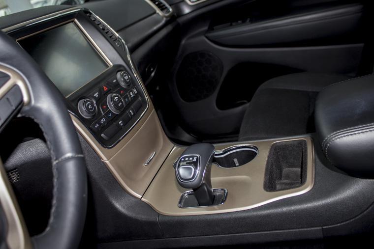 jeep grand cherokee  laredo 3.6l v6 4x2