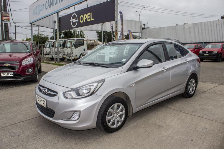 Autos Kovacs Hyundai Accent rb gl 1.4mec 1.4 4x2 2014