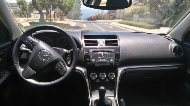 Mazda 6 2.0 v