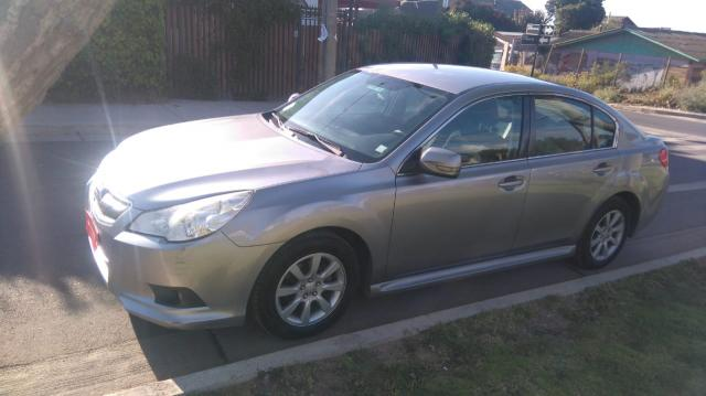 Autos Automotora RPM Subaru Legacy 2.0i awd xs at 2010