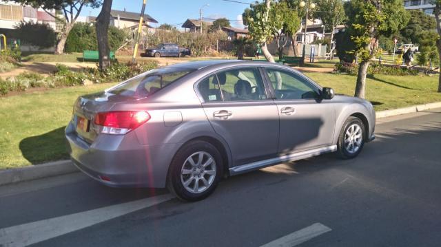 Subaru legacy 2.0i awd xs at