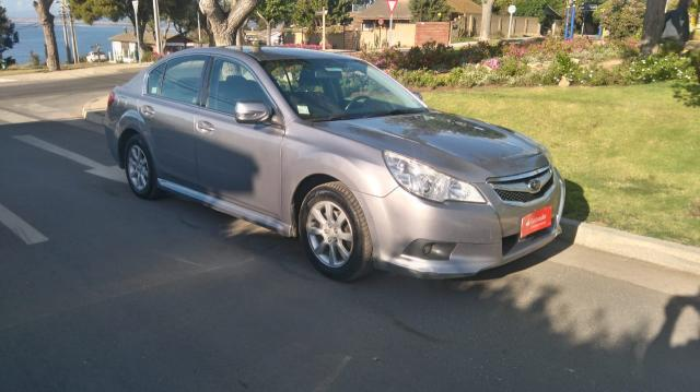 Subaru legacy 2.0i awd xs at