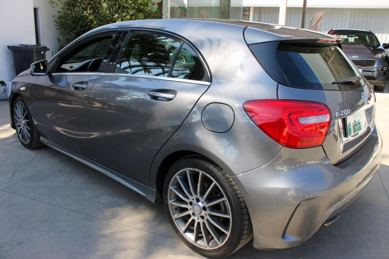 Mercedes-Benz a 200 blueefficiency 1.6