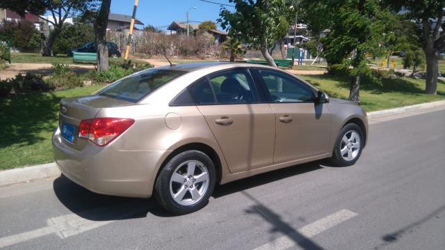 Chevrolet cruze 1.8 at full