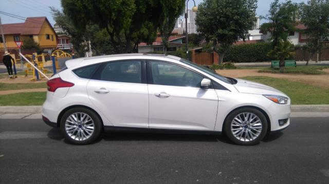 Ford focus titanium at 2.0