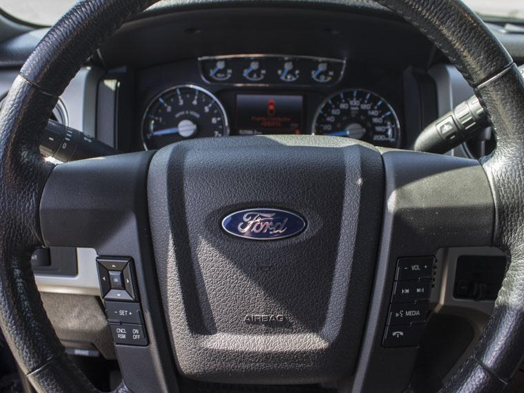 ford f-150 lariat 4x4 5.0