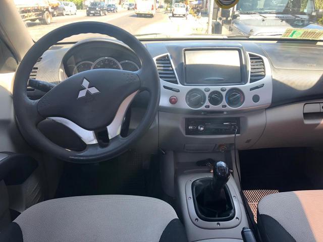 Mitsubishi l200 katana 4x2