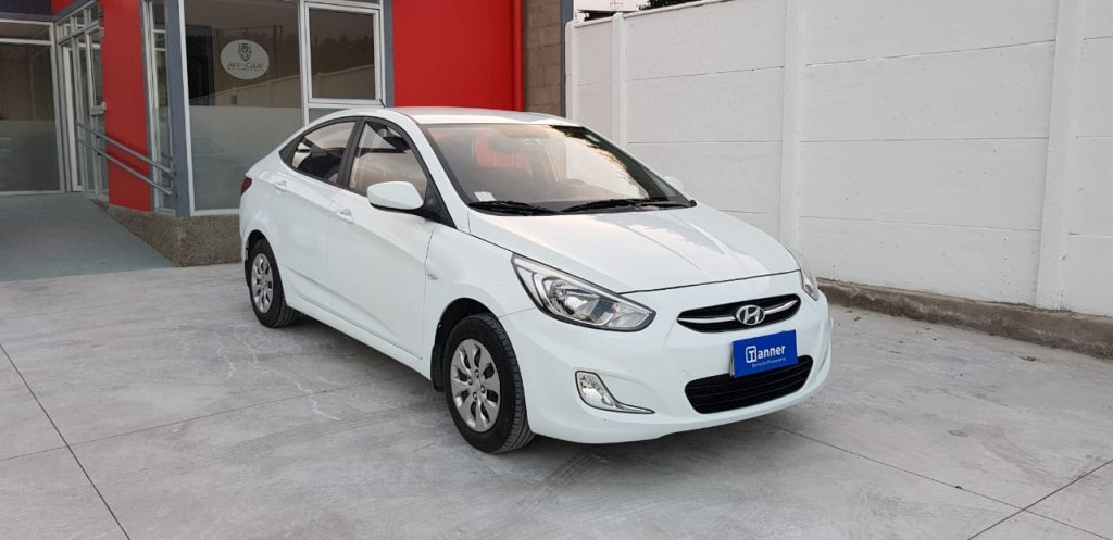 Autos My-Car Automotora y Rent a Car  HYUNDAI  ACCENT RB  2017
